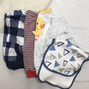 🎉Bundle baby boy jacket bodysuit bottoms bib A9